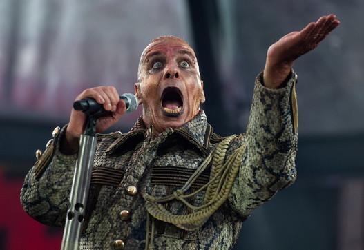 Till Lindemann dei Rammstein ricoverato per il coronavirus