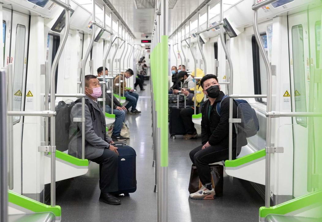 Coronavirus, a Wuhan riparte la metro e riaprono le stazioni