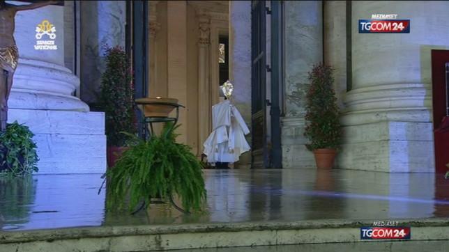 A Tgcom24 la preghiera comune di 14 cardinali contro la pandemia
