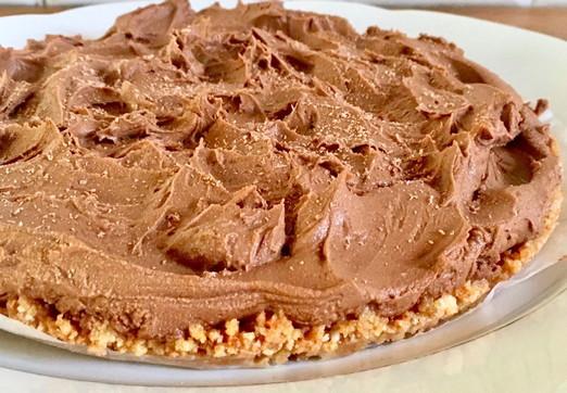 Torta al cioccolato senza cottura, senza uova e senza glutine