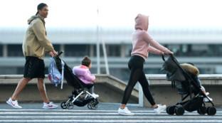 Coronavirus, Cristiano Ronaldo a passeggio con Georgina e i bambini