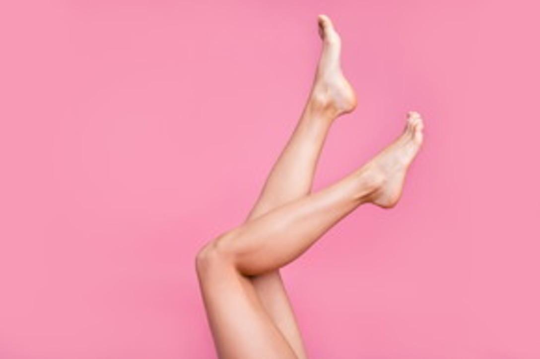 Benessere casalingo: piedi perfetti e bellissimi in cinque semplici mosse