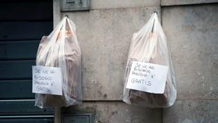 Paniere solidale e spesa sospesa: l'Italia che aiuta i bisognosi del coronavirus