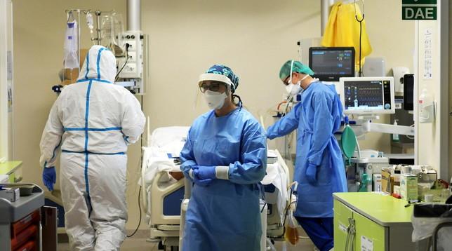 Coronavirus, nasce in Lombardia il primo macchinarioper la sterilizzazione dei caschi Cpapper l'ossigenazione