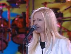 """Buon compleanno Patty Pravo: rivediamola con """"Pensiero Stupendo"""" al """"Festivalbar 1997"""""""