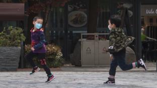 Coronavirus: la vita torna lentamente alla normalitàa Wuhan, dove tutto è iniziato