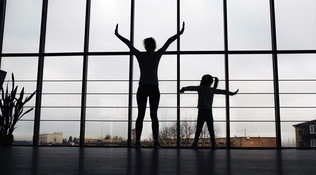A casa, ma in movimento: lo stretching facile e antistress