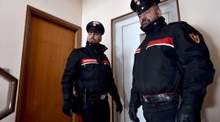 Ostia, tre sudamericani tentano di rapinare un'anziana: arrestati