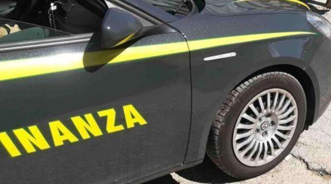 Proponevano una cura con integratori contro il coronavirus: due denunciati a Milano | Blitz dei Nas in tutta Italia