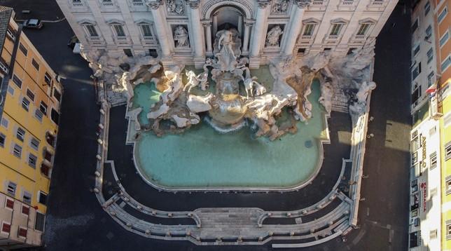 Coronavirus, Roma mai così deserta e così bella