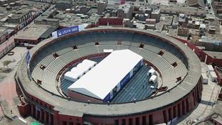 """Perù, l'arena dei tori più antica delle Americhe diventa un """"rifugio"""" contro il coronavirus"""
