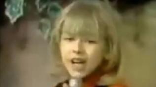 A sette anni era già un talento, chi è la mini popstar?
