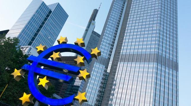 Le Borse ripartono con gli acquisti della Bce: 30 miliardi di bond in cinque giorni e lo spread cala