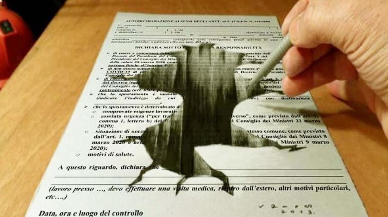 Coronavirus, l'autocertificazione diventa opera d'arte dalla matita della coppia Russo-Brogi: ecco la creatività in quarantena