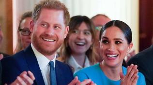 Harry e Meghan costretti a rinunciare a Sussex Royal? E loro creano un marchio col figlio Archie...
