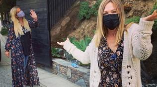 Lo strano compleanno di Jennie Garth: auguri a distanza tra Donna e Kelly