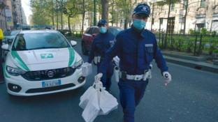 "Coronavirus, i ""ghisa"" milanesi consegnano mascherine ai medici di base"