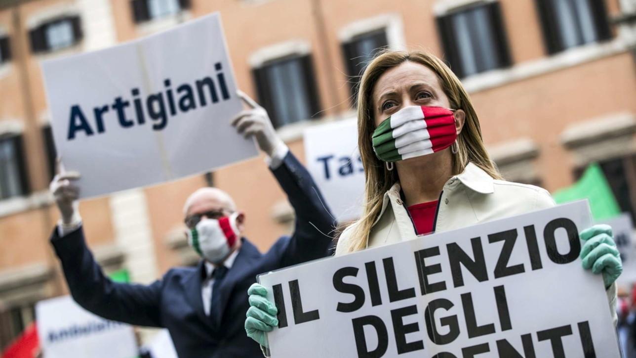 Niente quorum per Fratelli d'ItaliaIgnazio La Russa si taglia la barba -  Tgcom24