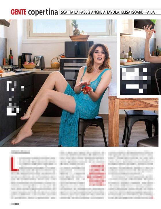 Altro che zia! Elisa Isoardi in cucina è una femme fatale con pizzi e seno a vista