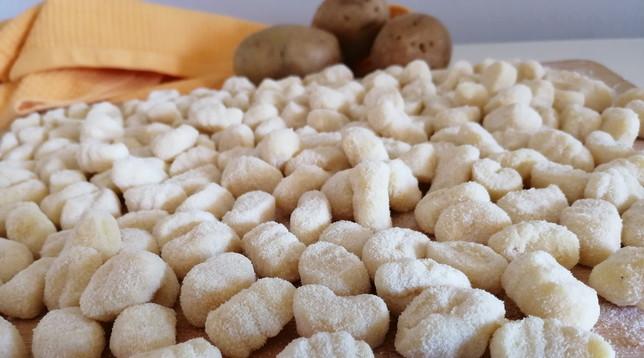 Gnocchi di patate fatti in casa: il week end prende gusto