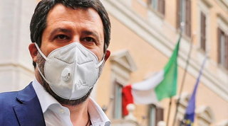 Open Arms, la giunta del Senato respinge la richiesta di processo per Matteo Salvini | Il leader della Lega: