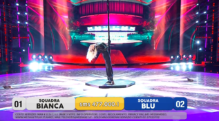 """""""Amici Speciali"""", la sexy pole dance di Eleonora Abbagnato"""