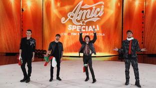 """""""Amici speciali"""", le immagini della semifinale"""