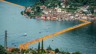 """La visionaria passerella sul lago di """"Floating Piers"""""""