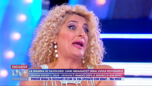 """La mamma di Favoloso difende il figlio: """"Nina Moric ha recitato"""""""