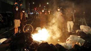 Caso Floyd, migliaia di manifestanti invadono New York
