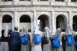 Fase 2, riapre il Colosseo a Roma: termoscanner per tutti