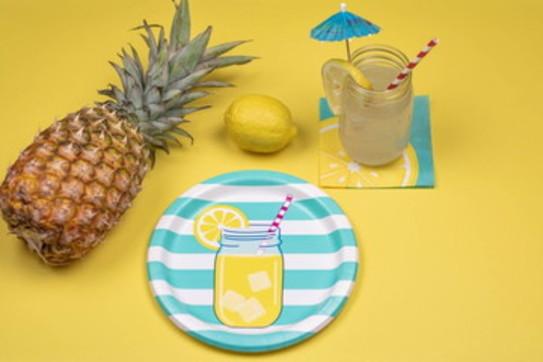 Tendenze: la tavola estiva, colore avanti tutta