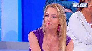"""""""Uomini e Donne"""", Armando contro Veronica: """"Il fidanzato l'ha aspettata fino a poco fa"""""""
