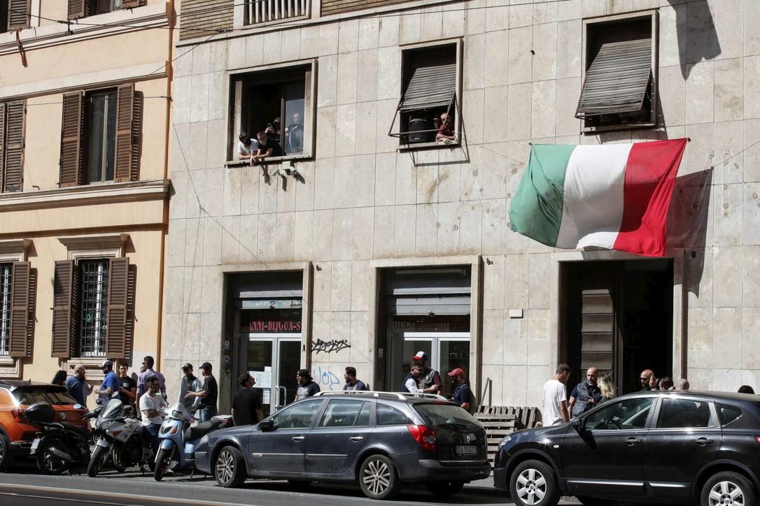 Roma, sgomberata sede abusiva di CasaPound