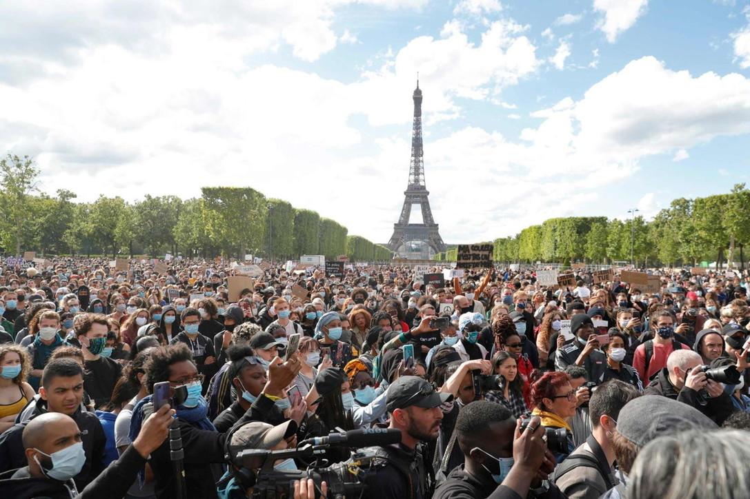 Da Sydney a Londra, il mondo in piazza per Floyd