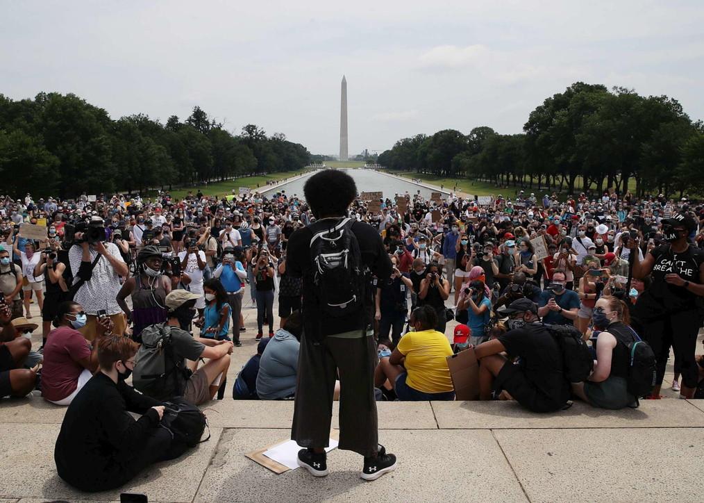 """George Floyd, la """"grande marcia"""" di Washington contro il razzismo"""