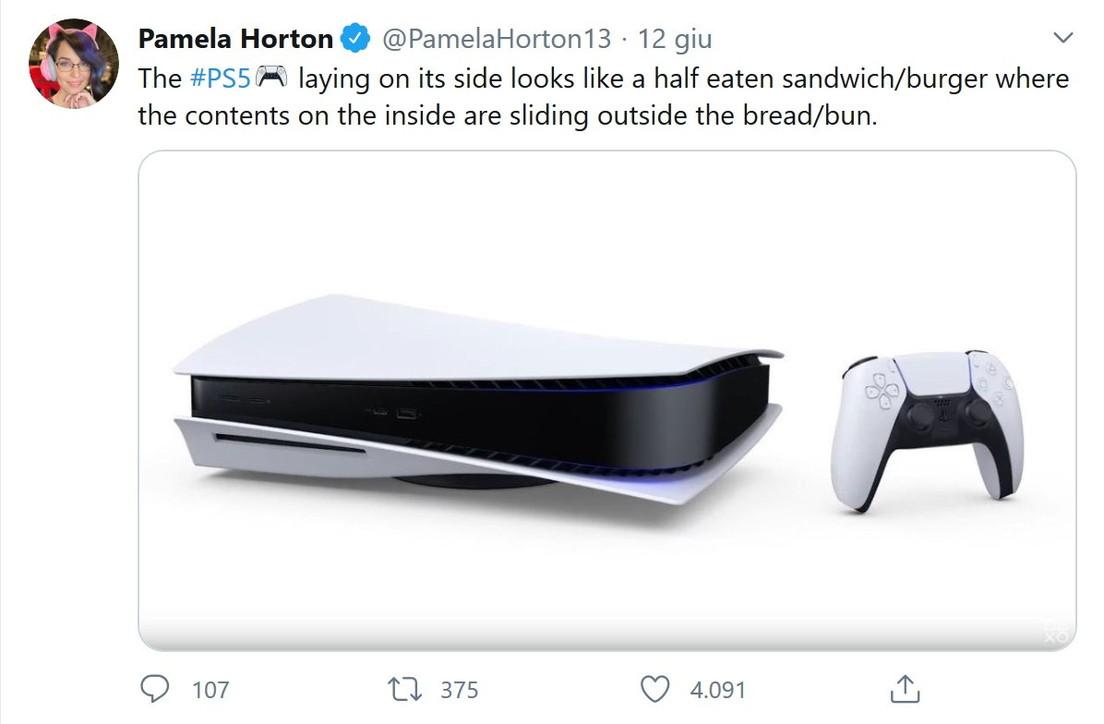 PS5, l'aspetto della console scatena l'ironia del web