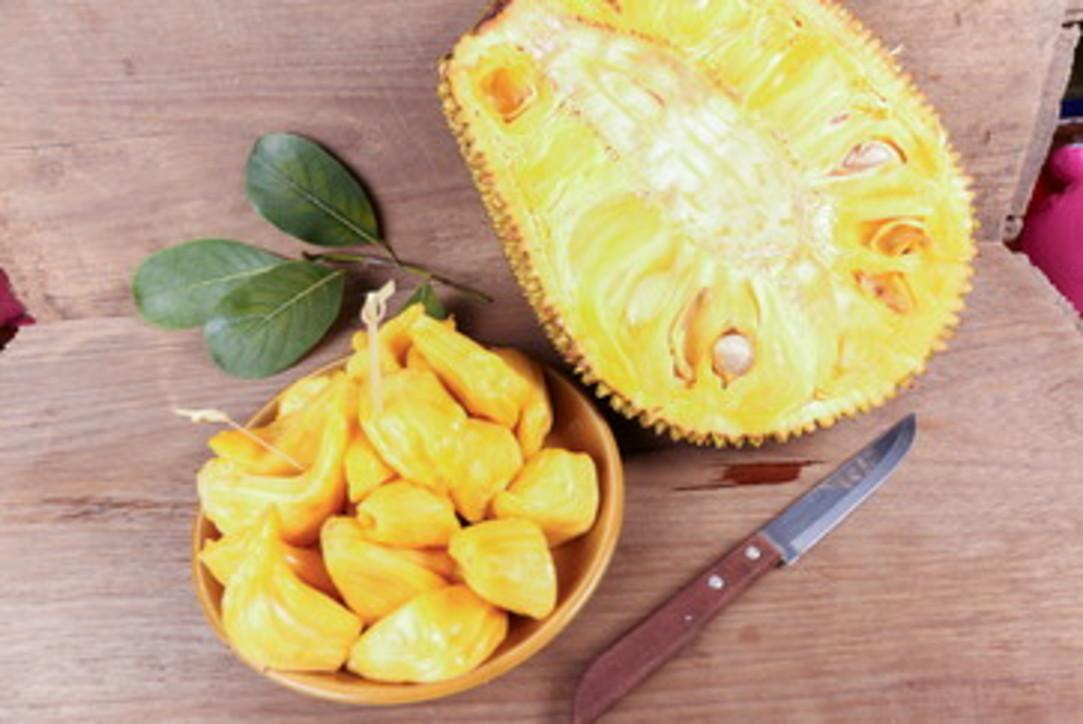 Jackfruit, il frutto che sa di carne e che spopola nel mondo