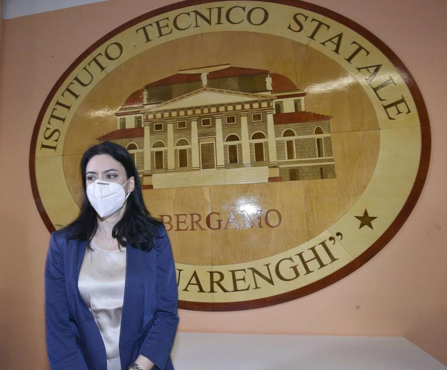 """Maturità, Azzolina a Bergamo: """"Felice di rivedere le scuole aperte"""""""
