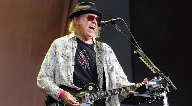 """Dopo 46 anni ecco """"Homegrown"""" di Neil Young, l'album perduto e """"ritrovato"""""""