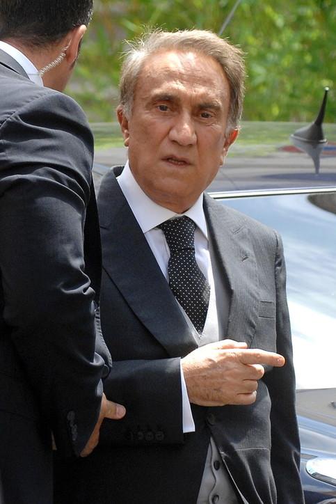 Napoli, arrestato Emilio Fede per evasione dagli arresti domiciliari
