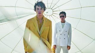 Moda uomo, giacche estate 2020: due dritte per indossarle a pennello