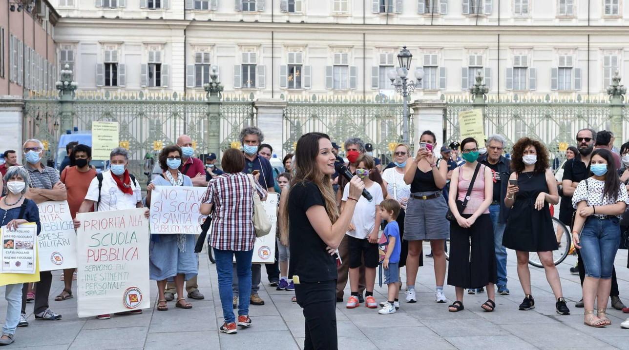 """""""Priorità alla scuola"""" organizza i sit-in di protesta in 60 città"""