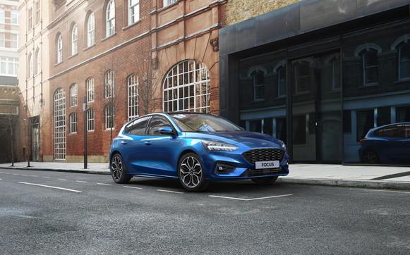 L'ibrido soffice della Ford Focus