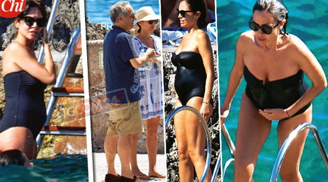Mara Carfagna in costume, le prime foto col pancione a Capri
