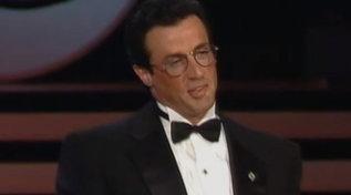 """Buon compleanno Sylvester Stallone: ecco quando Totò Cascio lo sfidò a braccio di ferro ai """"Telegatti"""""""