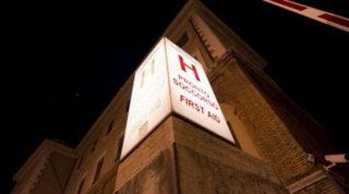 Livorno, travolta da porta da calcio: grave bambina di 11 anni