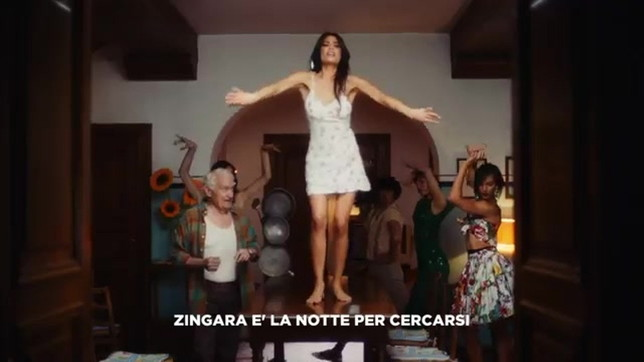 """Elodie come Lorena Forteza nel video di """"Ciclone"""" di Takagi & Ketra"""