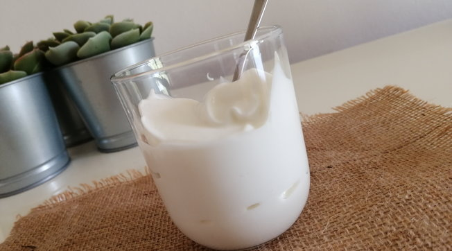 Yogurt fatto in casa senza la yogurtiera