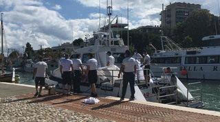 Riccione, tragico bagno in mare all'alba: annega una ragazza di 17 anni
